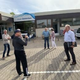 Henning Schünhof und weitere SPD Mitglieder besichtigen das Deisterbad