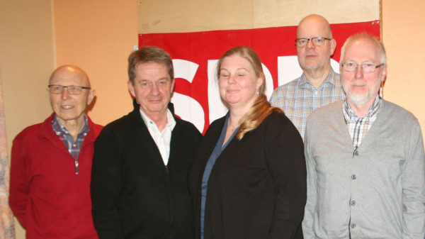 Vorstand von links: Günter Gottschalk, Karl-Heinz Tiemann, Claudia Pannki, Rüdiger Ilse, Michael Wittich