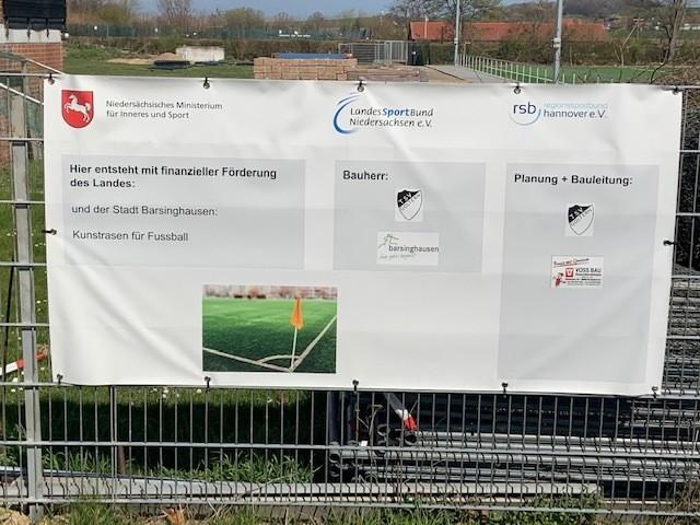 Fotos vom Neubau des Kunstrasenplatzes in Goltern, der von der Stadt bezuschusst wird (3)